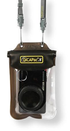 wasserdichte Fototasche WP-One für fast alle Digitalkameras -  Detail haengend am Tragegurt / Neck Strap