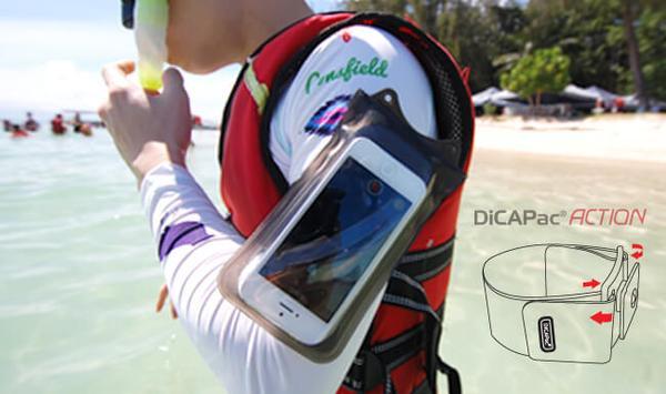 wasserfeste Handyhülle DA-C2 am Arm beim Schorcheln